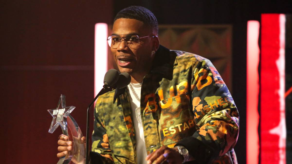 Nelly Performs Greatest Hits Medley At 2021 BET Hip Hop Awards